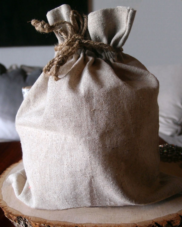 "Linen Bag w/ Jute Drawstring - 8"" x 10"" (Sold in a Dozen)"