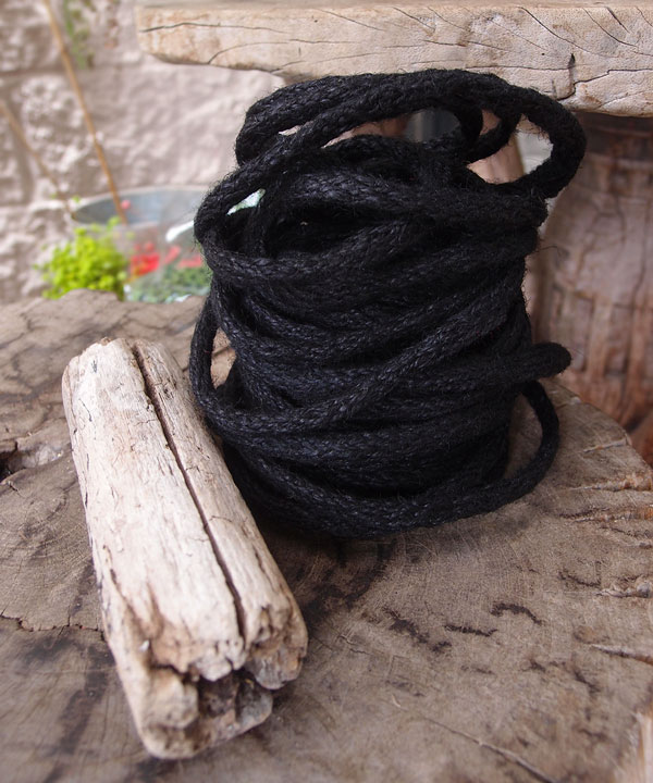 9 Yards Wired Jute Twine- Black