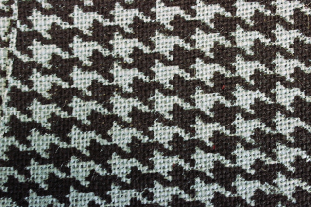 "Natural/Houndstooth Billow 60"" Burlap Bolt-20 Yds"
