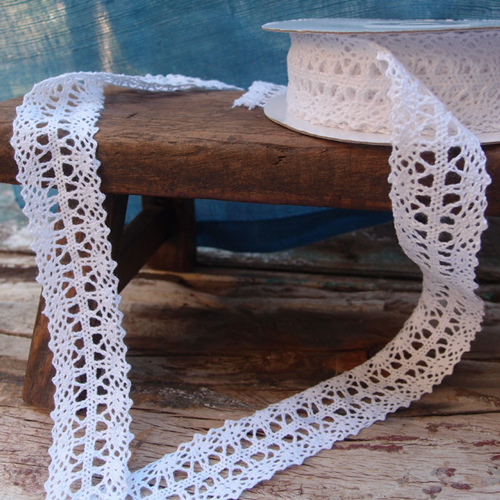 "Crochet Lace - White 1"" x 10 Yd Ribbon"
