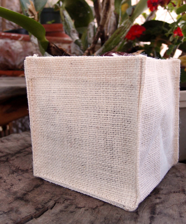 Burlap Vase Holder 6X6X6 White (1 Dozen)
